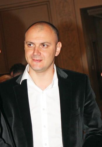 sebastian ghita2 349x500 Procurorii cer instantei mandat european de arestare in cazul Ghita
