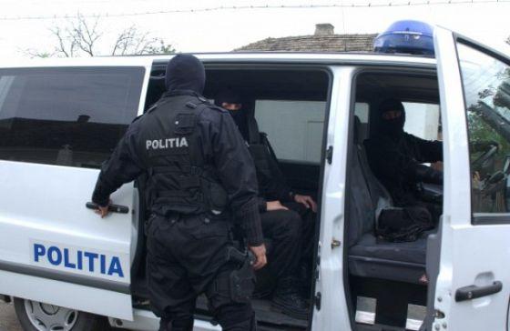 perchezitii11 Politia Romana, lovitura in Bulgaria