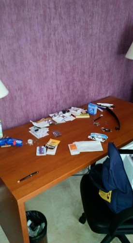 10991189 1553004084977224 3533221227989380888 n 275x500 Hotel din Bucuresti, pradat de hoti. Cel putin 45 de parlamentari au ramas fara bunuri! (FOTO)