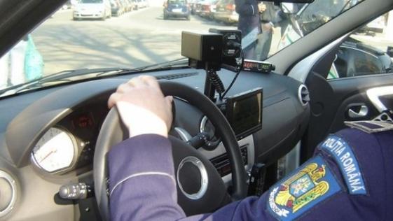 radar politie Vitezoman pe autostrada A 1: sofer prins ca gonea cu peste 200 km/h