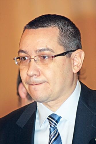 victor ponta RICA PETRESCU 334x500 Analiza lui Ponta: Avem relatii, respect ZERO/Iohannis merge pe la reuniuni si mese oficiale unde mananca pe gratis