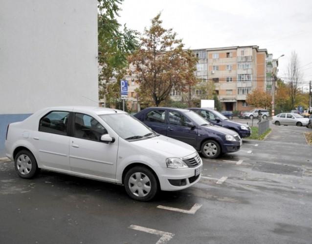 masini parcare sector 1 638x500 Stai in sectorul 1? Nu uita sa iti reinnoiesti contractul de inchiriere a locului de parcare!
