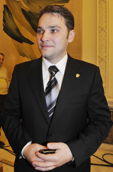 """DAN SOVA FANE 23 Zegrean detoneaza """"bomba Sova"""" in Senat"""