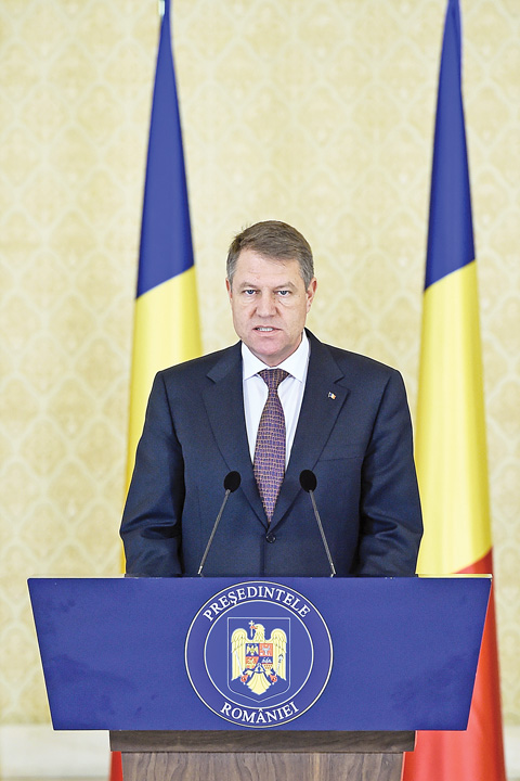 KLAUS IOHANNIS32 Basescu si Iohannis, filaj incrucisat