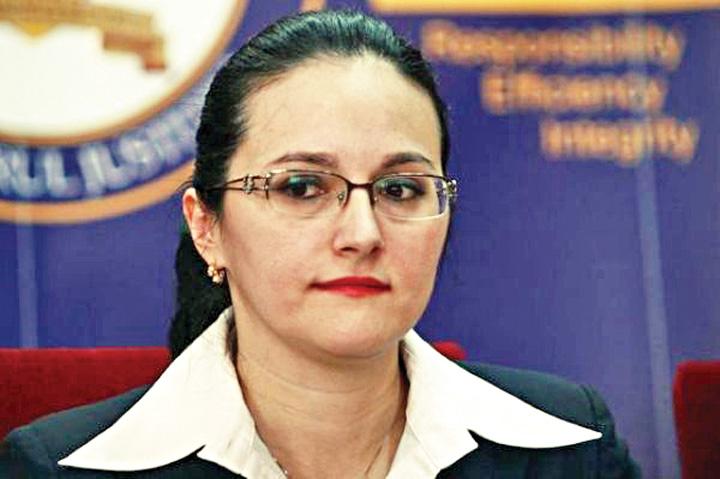alina bica Alina Bica, Dorin Cocos si Alin Cocos raman in arest la domiciliu