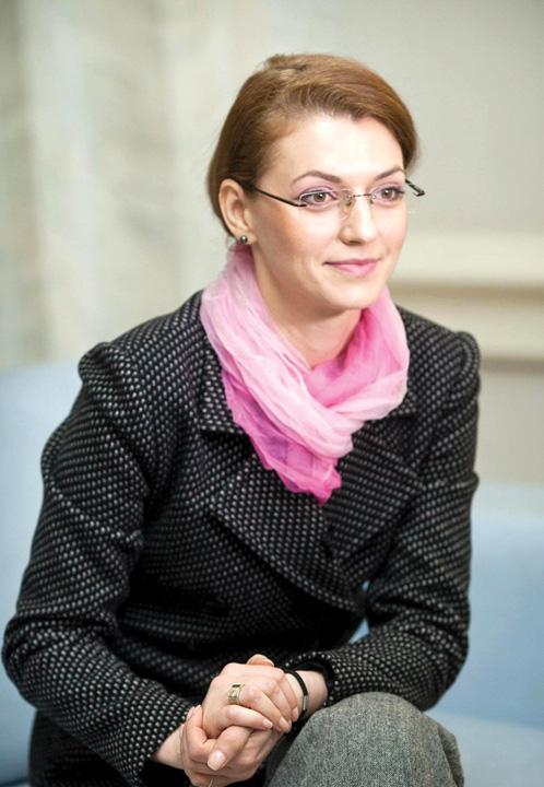 alina gorghiu5 Liberalii l au blocat pe Tariceanu in toaleta politica