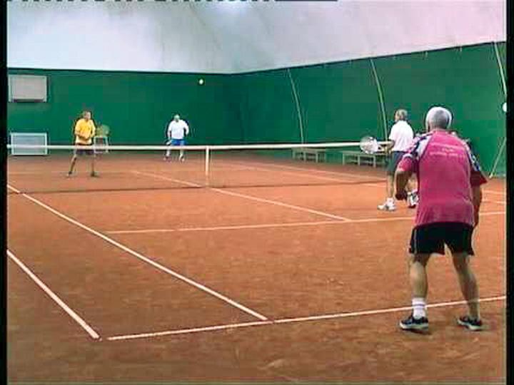 "barosani1 ""Baronii"" isi licitau spagile la miute si la tenis!"