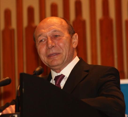 basescu 545x500 Traian Basescu: Nu sunt dusmanul Justitiei, ci doar al fatarniciei exprimata prin liderii ei