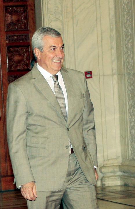calin popescu tariceanu5 Liberalii l au blocat pe Tariceanu in toaleta politica