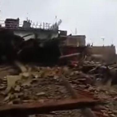 cutremur1 Dezastru in Nepal, dupa cutremur: peste 4.400 de morti. Trei zile de doliu national