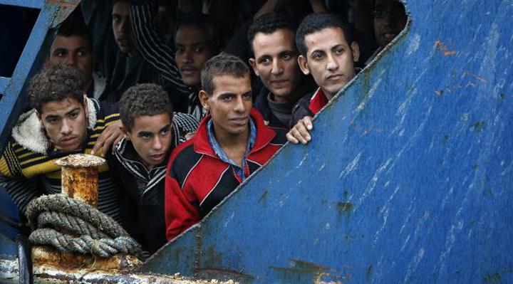 emigranti UE vrea sa lanseze o operatiune militara in Mediterana