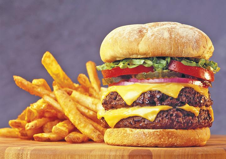 hamburgerjpg Cel mai meserias hamburger este cautat la Bucuresti