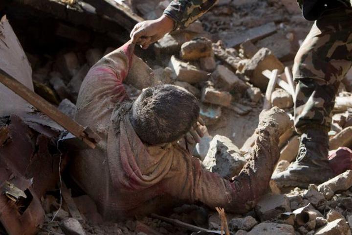 nepal1 Bilantul seismului din Nepal depaseste 7.000 de morti