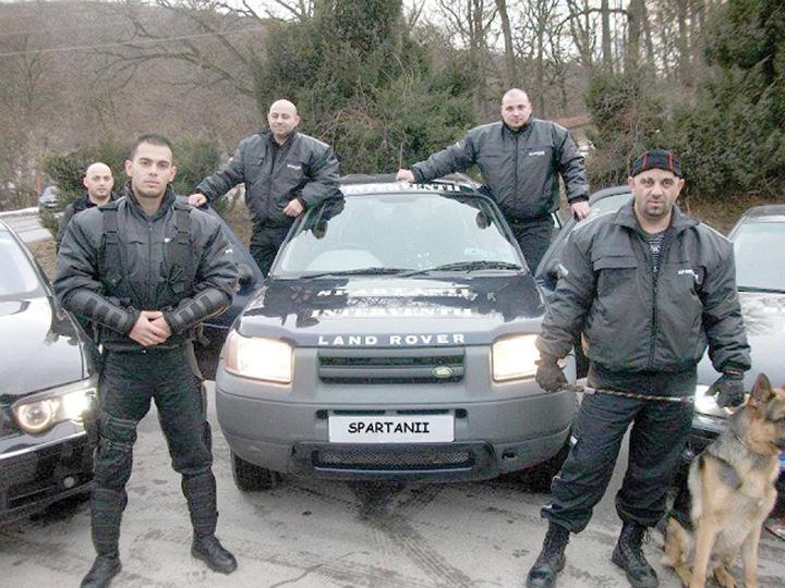 spartanii 1 Casatoria Gabrielei Cristea s a lasat cu scandal in strada