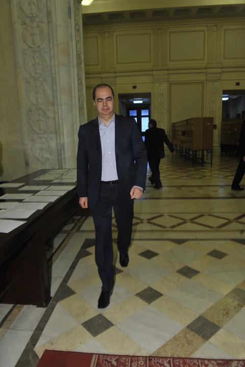 stanisoara Ce servicii face Mihai Stanisoara prin demisia din politica