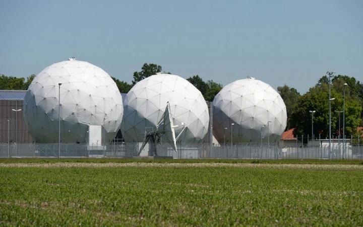 statie ascultare1 Germania a spionat Franta si functionari ai Comisiei Europene in favoarea NSA