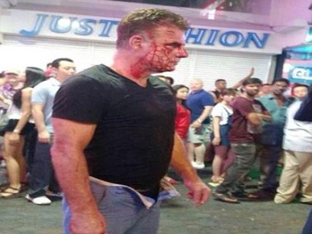 284D17B600000578 0 image a 59 1430753267145 Turist irlandez, batut la sange de un transsexual care n a suportat sa fie refuzat/refuzata