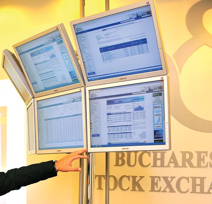 Bursa de Valori Bucuresti panou tranzactionare crop1 Asigurari de viata cu investitie la bursa, mai profitabile ca depozitele bancare