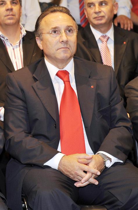 GHEORGH NICHITA FANE 1 Nichita se retrage din conducerea PSD