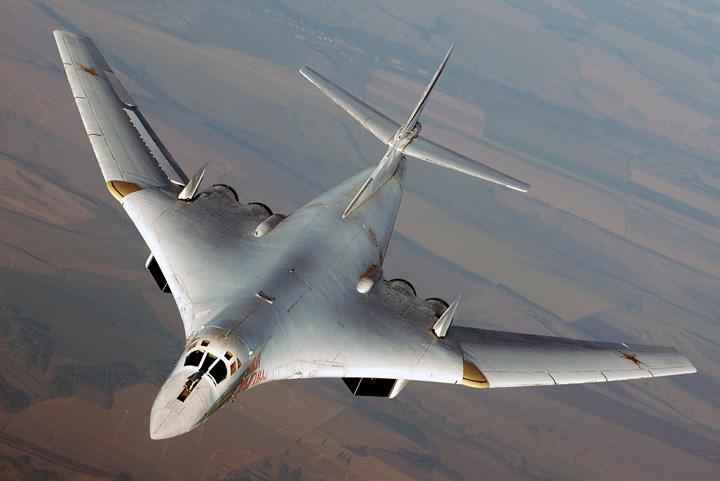 Tupolev Tu 160 Rusia reia productia bombardierului strategic Tupolev 160