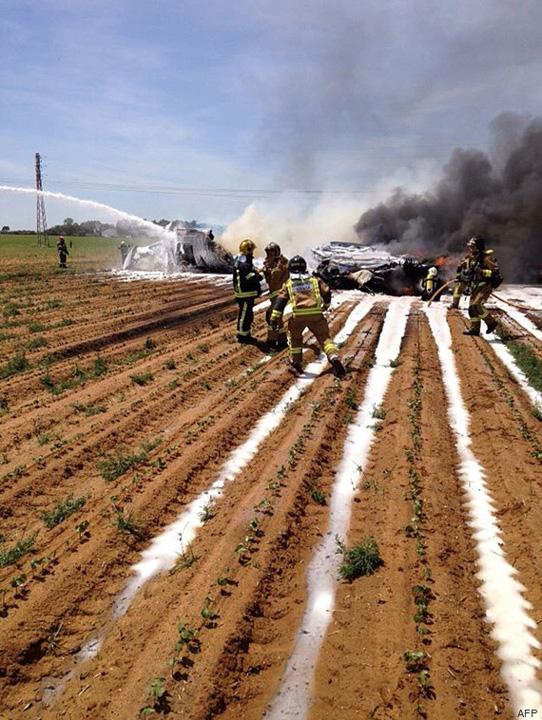 avion1 Cel putin patru morti dupa ce un Airbus militar s a prabusit in sudul Spaniei