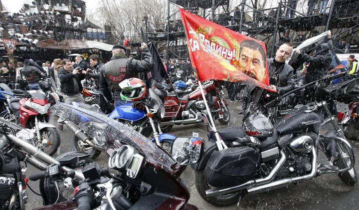 bikeri 1 Merkel i a salvat pe motociclistii lui Putin din arestul politiei din Munchen