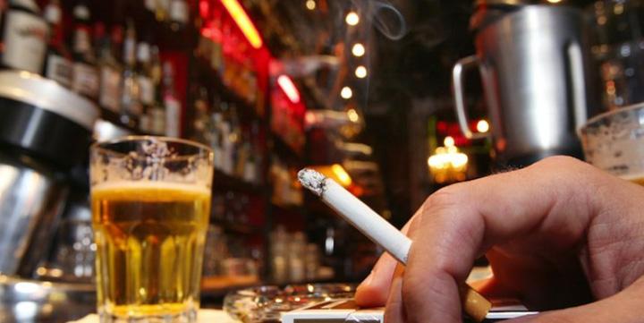 "china China: comerciantii unei regiuni majoritar musulmane, obligati sa vanda alcool pentru a ""slabi islamul""."