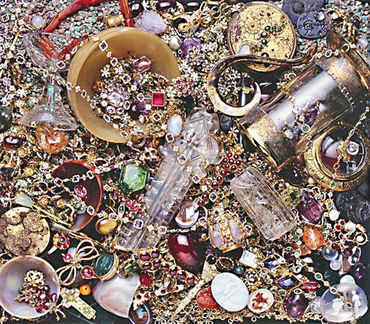 comoara Comorile exista: bijuterii si monede din aur de peste 150 de milioane de dolari, pe o epava  din secolul 15