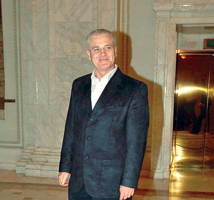 eugen nicolicea Eugen Nicolicea, martor in procesul Basescu Firea