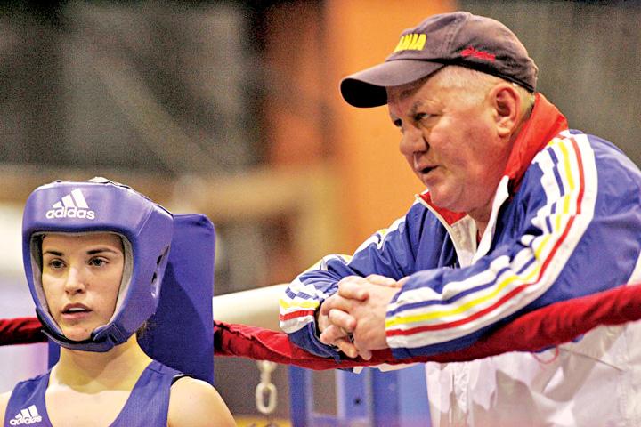 lacatus in colt Trimise la cratita, boxeritele din lotul national merg la Mondialele din Taipei