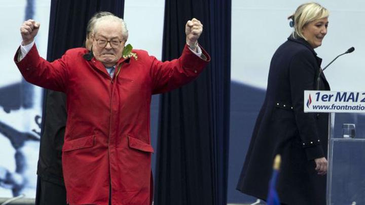 le pen Marine Le Pen ii intrerzice tatalui sau sa mai vorbeasca in numele Frontului National
