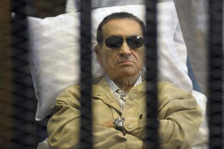mubarak Hosni Mubarak, condamnat la trei ani de inchisoare pentru deturnare de fonduri