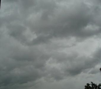 nori furtuna 341x300 Noua atentionare nowcasting COD GALBEN. Ce au anuntat meteorologii!
