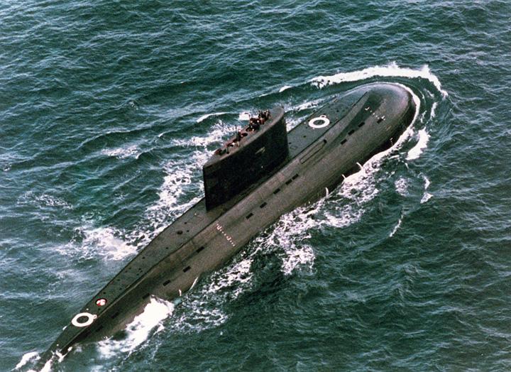 submarin Un submarin si doua nave rusesti, la frontiera cu Letonia