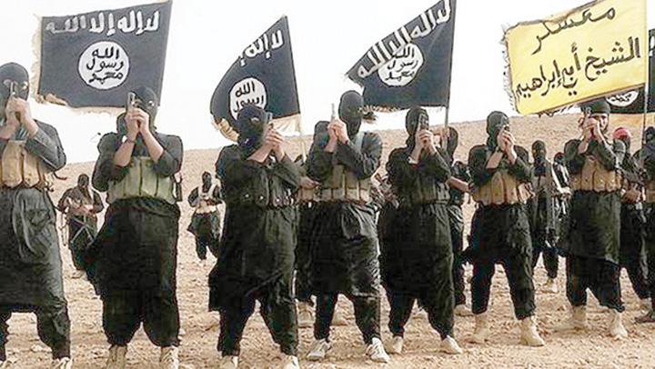 isis8 In premiera, ISIS a decapitat doua femei acuzate de vrajitorie
