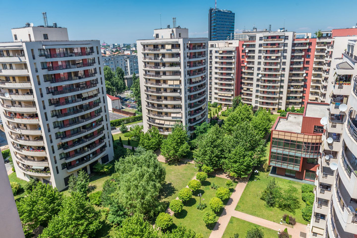 61 DNA cotrobaie in apartamentele a 87 de demnitari din cartierul lui NIRO!