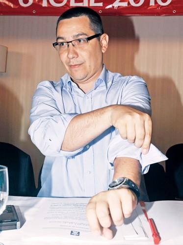 VICTOR PONTA FANE 3 373x500 Ponta, numit secretar general al Guvernului