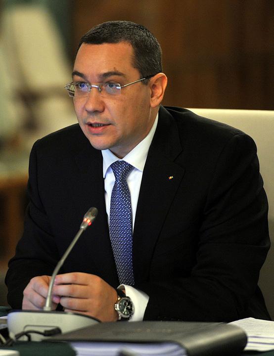 Victor Ponta crop2 Mesajul lui Ponta pentru Dancila: nu mai mergeti (o perioada macar) in vizite in strainatate!