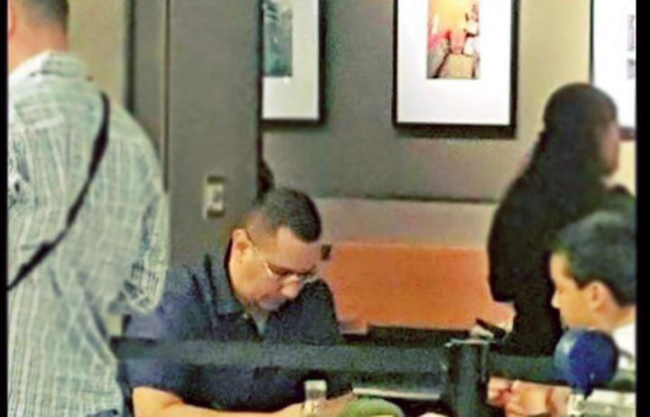 """la cafea Ponta, plimbat de """"mafia gunoaielor"""" la Miami!"""
