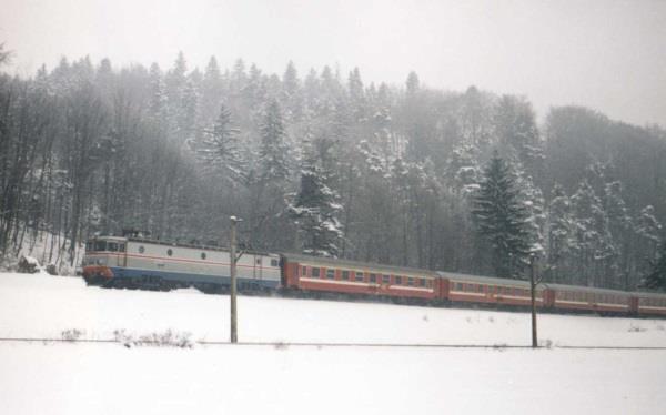 581895 1738705136357703 5221176116823490083 n tren iarna circulatie zapada Trenuri si curse aeriene anulate sau cu intarzieri, din cauza vremii