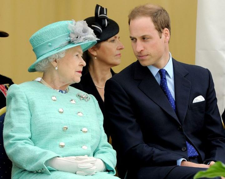 Queen+Nottingham+rZ3NdjklLfvl Regina Elisabeta ii face loc printului William la tron