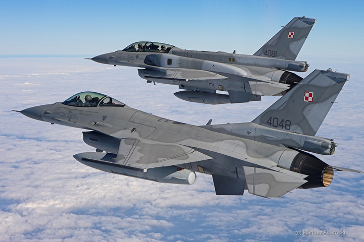 f 16 Polonia, pregatita sa trimita avioane F 16 contra Daesh