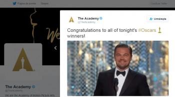 leo 350x195 Oscarurile din acest an, cu adevarat de neuitat pentru DiCaprio. Actorul a castigat primul trofeu din cariera