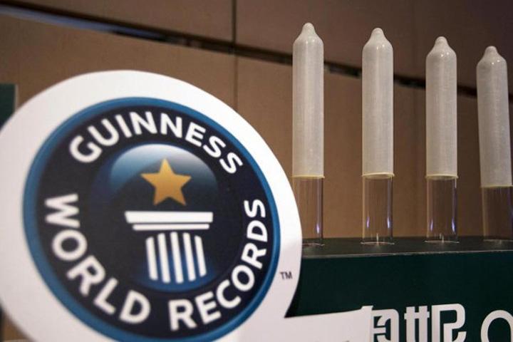 prezervativ Instanta a decis: chinezii produc cel mai subtire prezervativ in lume!