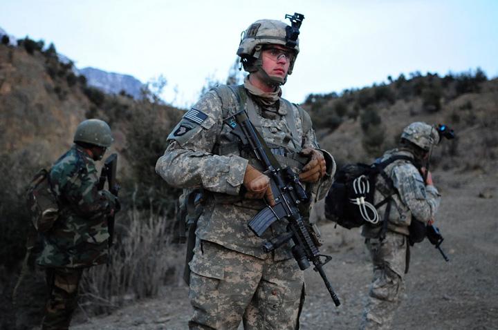sua Intre 15.000 si 30.000 de militari, necesari pentru crearea unei zone de securitate in nordul tarii
