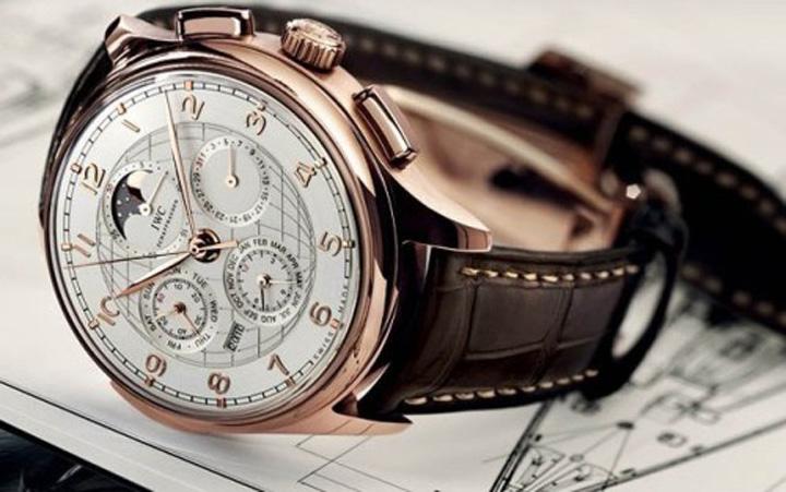 ceasuri Industria luxului din Elvetia nu mai merge ceas