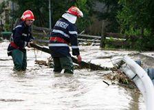 13319813 1070440903026300 7509943331658240282 n inundatii COD ROSU pe rauri din judetele Arges, Gorj si Valcea