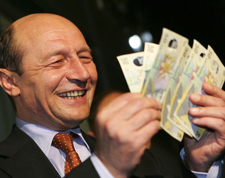 basescu bani FMI Nesimtirea moralistului Basescu