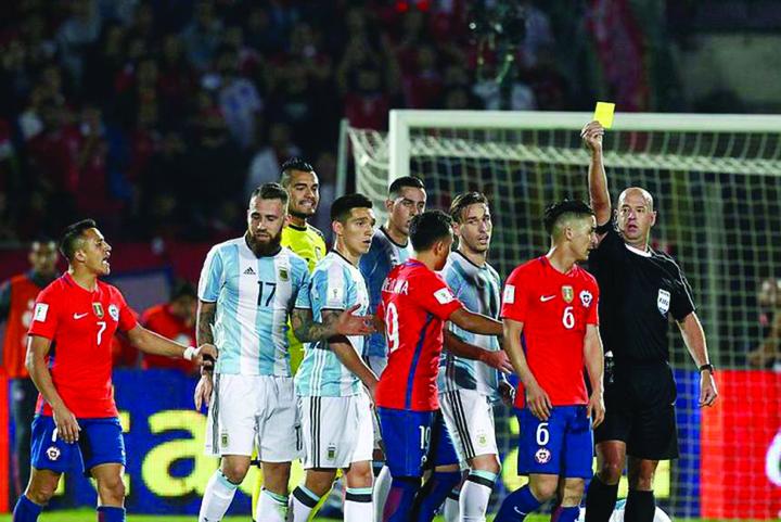 brasileno Heber Lopes Chile Argentina Eliminatorias OLEIMA20160624 0148 28 A arbitrat un meci de sex in trei