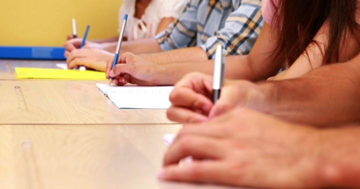 evaluare 720x379 Evaluarea Nationala (clasa a VIII a) s a incheiat cu proba la matematica. Subiectele si baremele, anuntate oficial